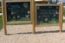 Otevření hřiště za školou - květen 2008