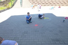 Práce dětí v kroužku Dovedné ruce