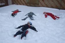 16.02.2012 Na zahradě ve sněhu